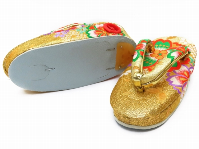 "Kyoto Muromachi st* zori ребенок ""Семь, пять, три"" 3 лет девочка золотой . нос .. zori 16.5cm золотой большой Sakura GZO165-801"