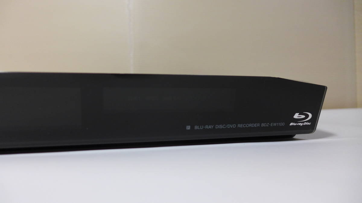 SONY ブルーレイディスクレコーダー BDZ-EW1100 リモコン B-CASカード 付き 2番組同時録画 HDD 1TB ★初期動作保証_画像4