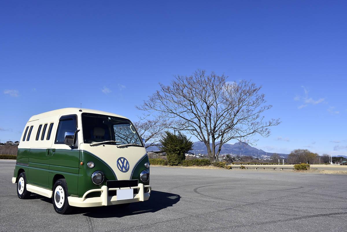「安心の点検整備付き車検3年12月まで有効の走行6.6万kmワーゲンバス風ドミンゴ4WDキャンピングカー」の画像1