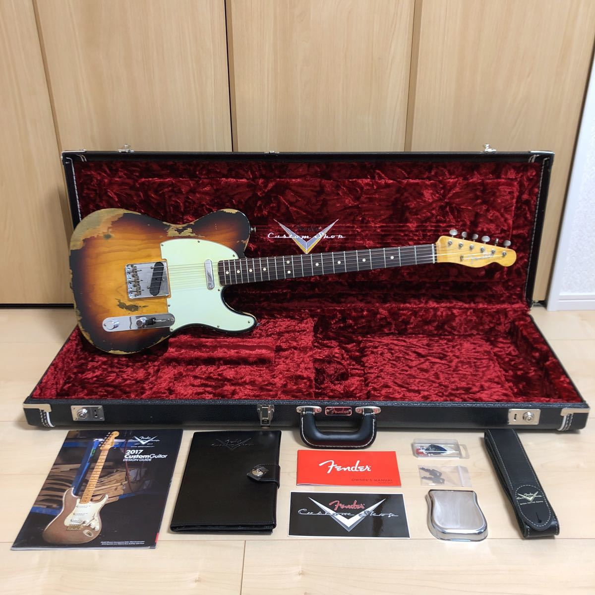 美品 Fender Custom Shop 2018 NAMM Display #115 1963 Telecaster Heavy Relic Aged 3 Color Sunburst マテウス・アサト風 Mateus Asato