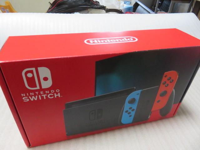 【美品】Nintendo Switch 新型 任天堂/ニンテンドースイッチ本体 付属品すべて有り