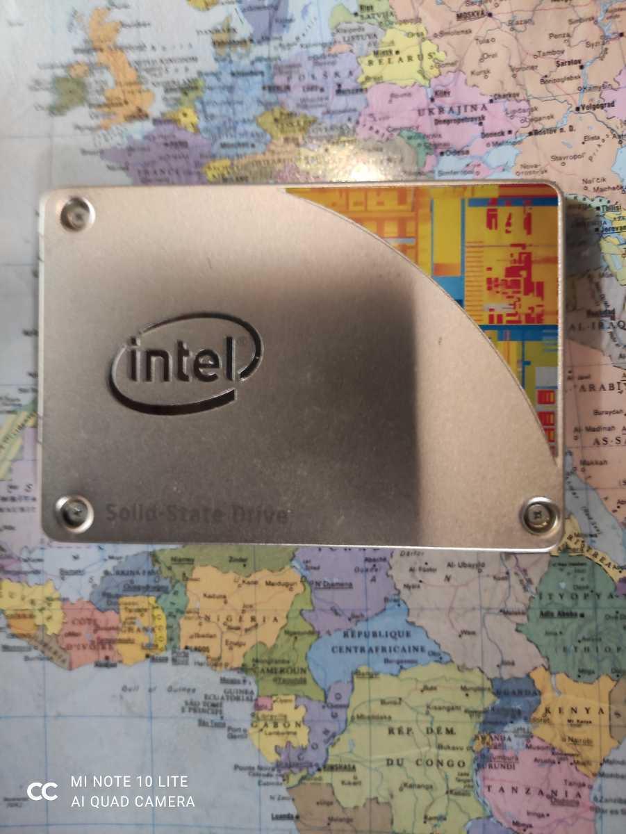 Intel 2.5インチSSD★240GB★SSD SATA 530 Series