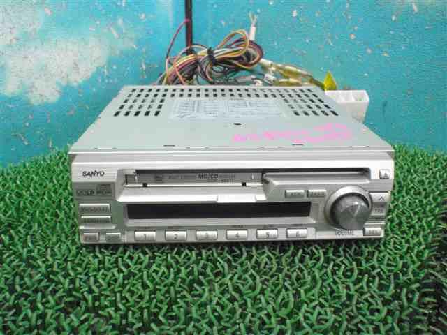 RA1 プレオ 社外オーディオ CD MD サンヨーCDF-MS11 330142JJ