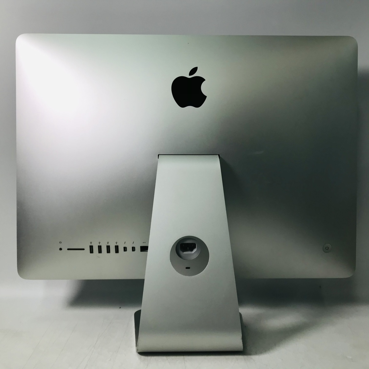 動作確認済み iMac 21.5インチ(Late 2015) Core i5 1.6GHz/8GB/1TB MK142J/A_画像4