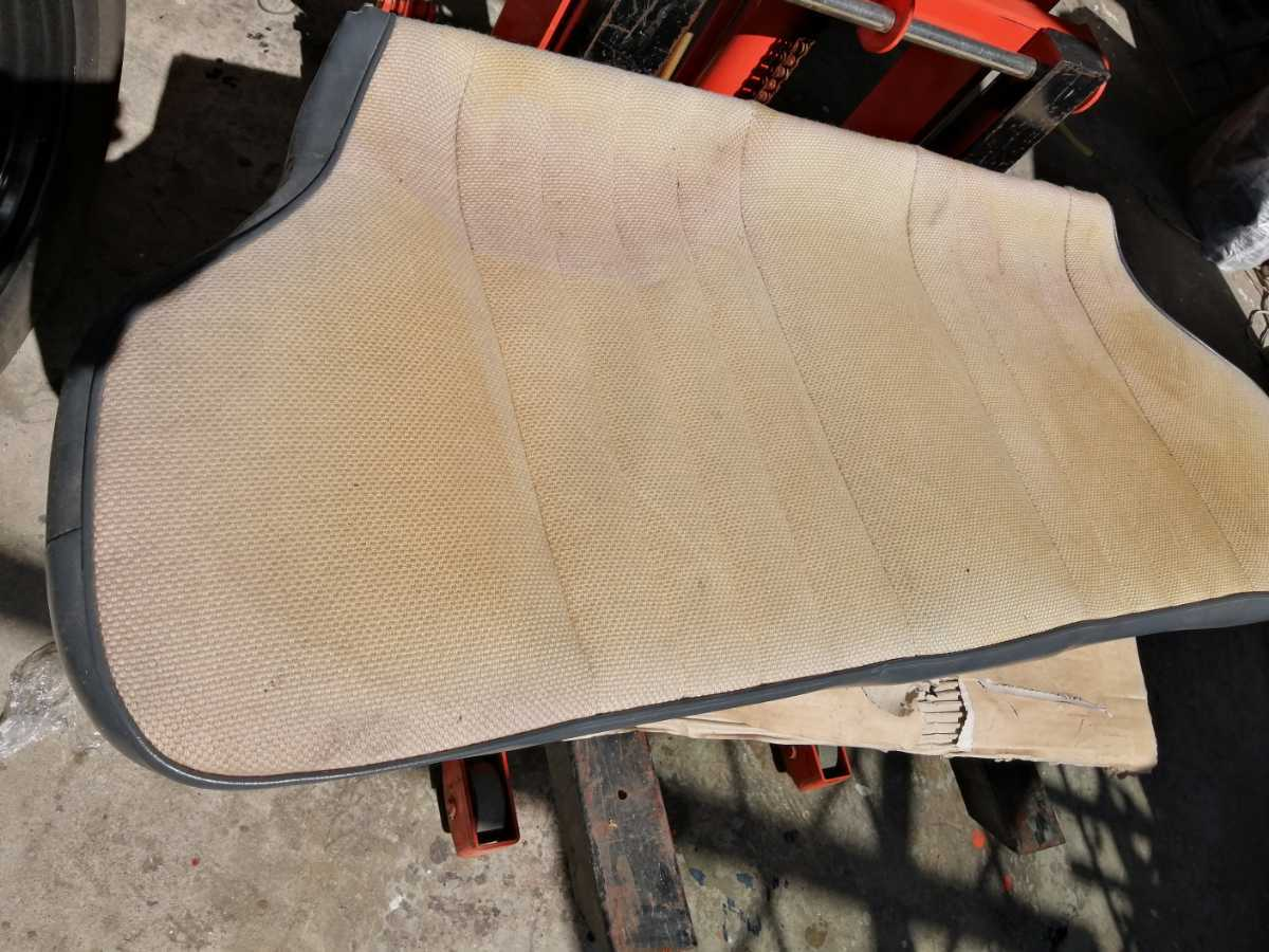 アウトビアンキ AUTO Bianchi アバルト ジュニア用 リアシート座面 ファブリックシート 貴重 イタリアから取寄せた中古品_画像1