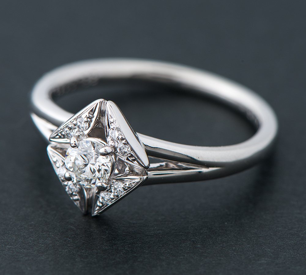 フォーエバーマーク エターナル ソリティア ダイヤモンド0.19ct ダイヤモンド 計0.03ct プラチナ900 9号 リング・指輪【中古】_画像2