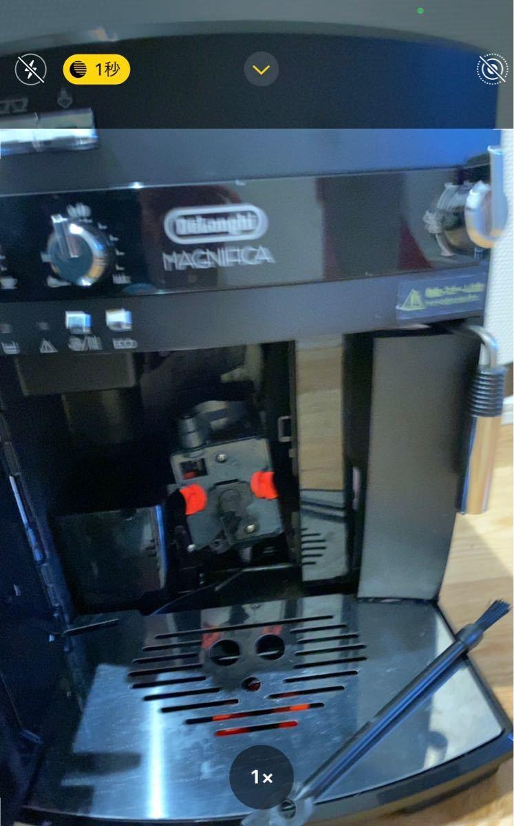 マグニフィカ 全自動コーヒーマシン ESAM03110B (ブラック)