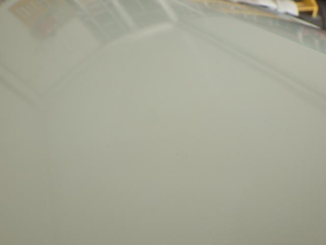 200系 ハイエース レジアスエース 標準用 ボンネット フード 058 ホワイト 白 53301-26080 中古 即決_画像4
