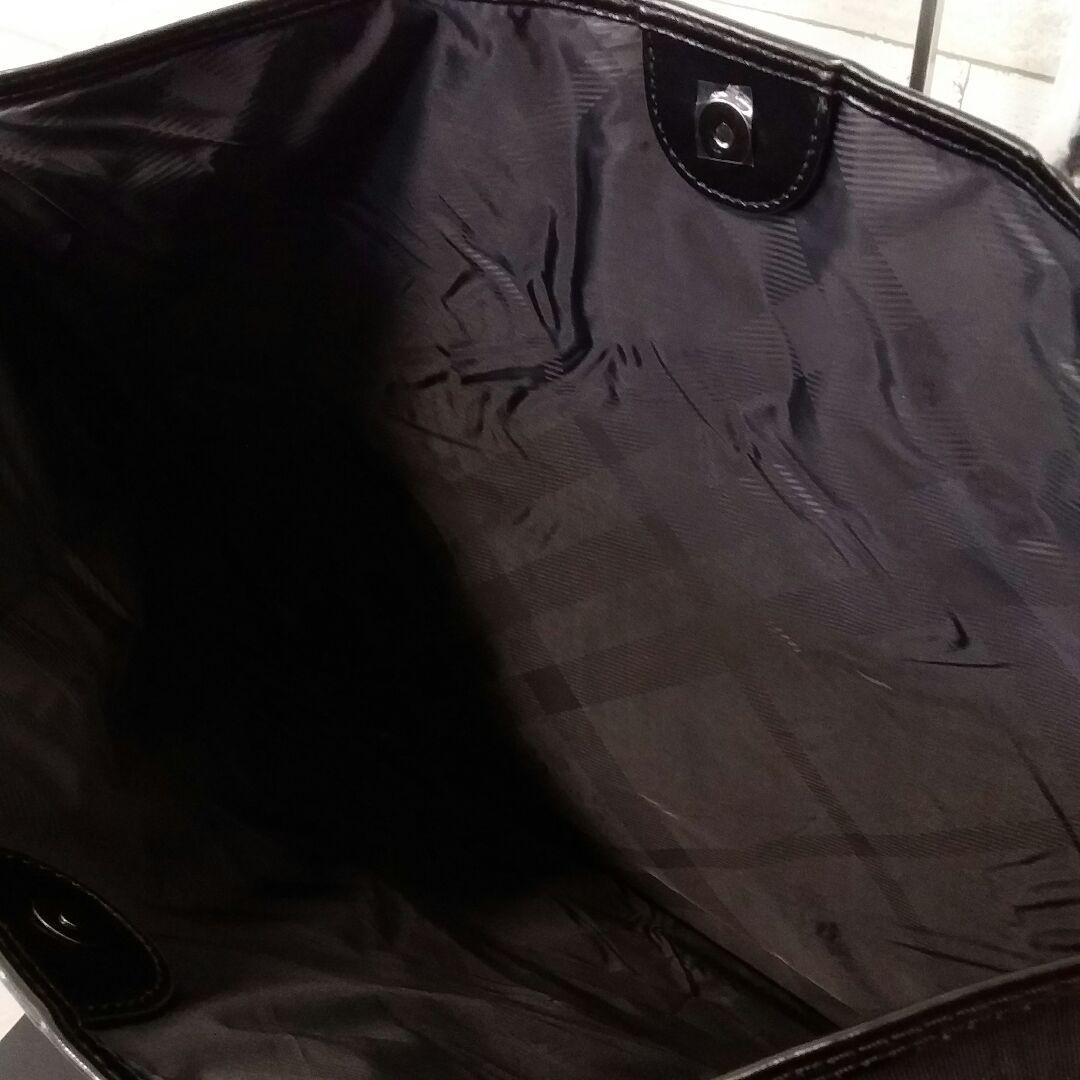 新品 BURBERRY バーバリー トートバッグ ビッグサイズ 大容量 エナメル切替 ブラック ノバチェック 非売品 ノベルティ_画像3