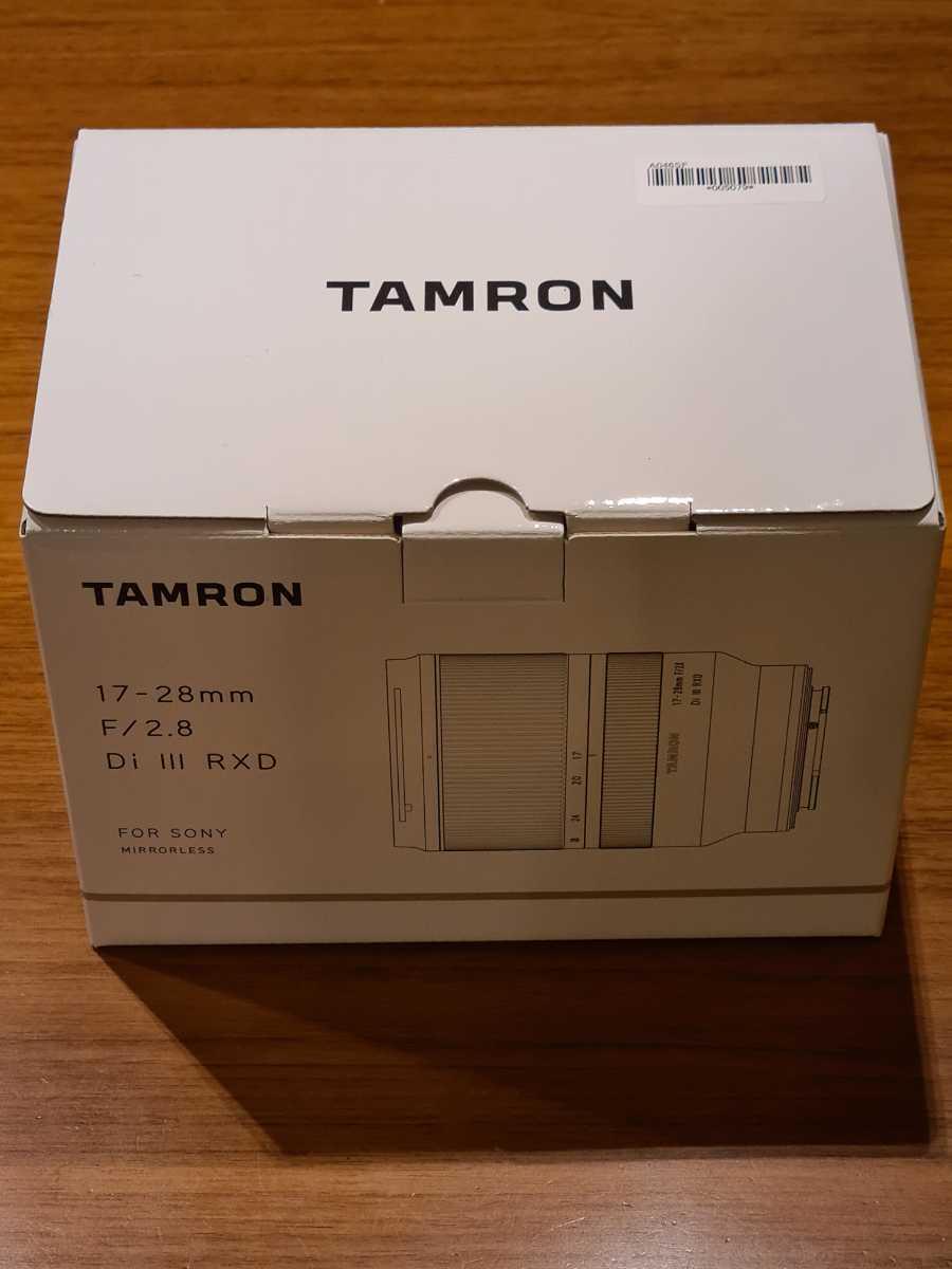 [送料無料][美品]TAMRON 17-28mm F2.8 Di iii RXD ソニーEマウント 付属品揃い