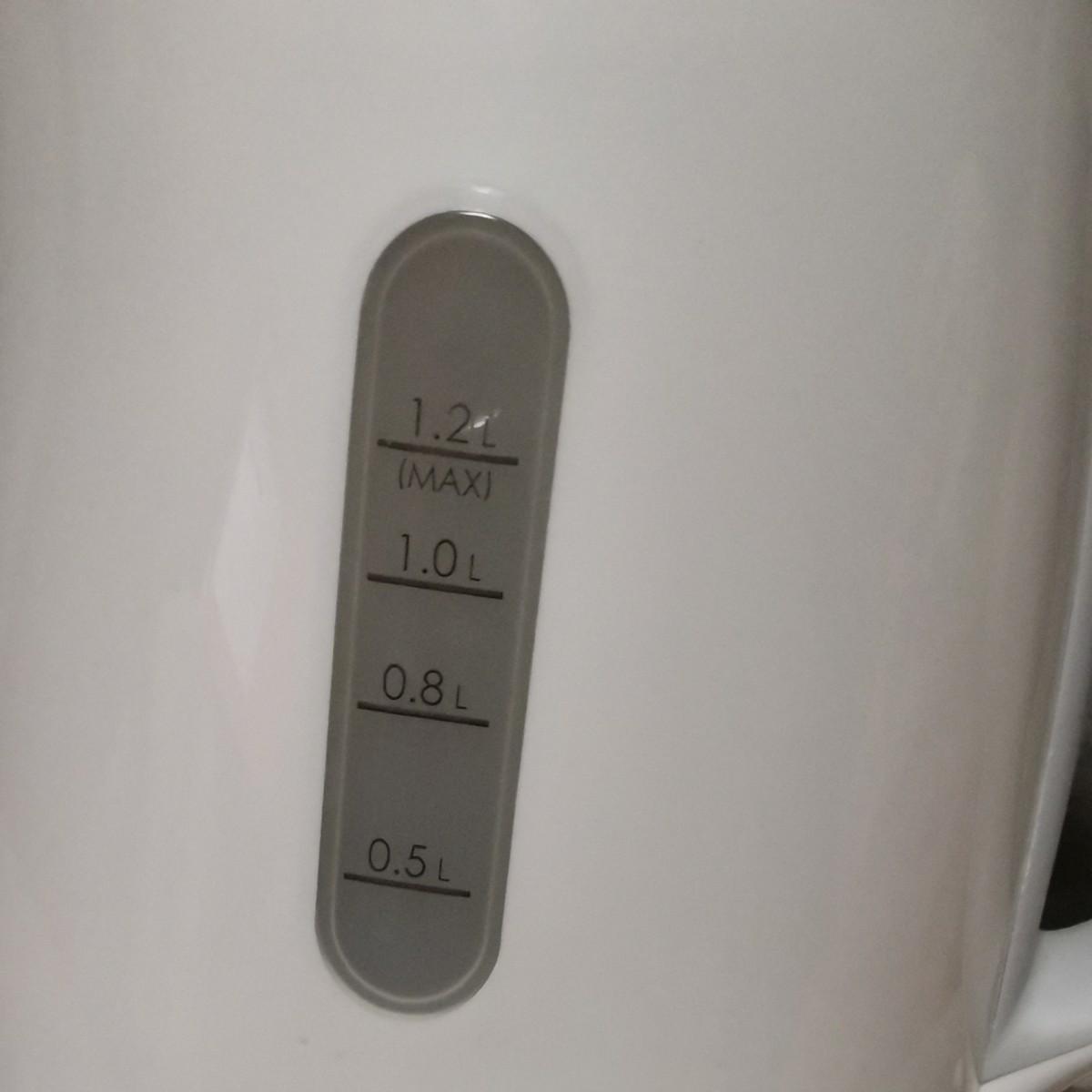 美品★電気ケトル 送料無料 湯沸かし器 お湯 熱湯 ケトル ポット 電気ポット