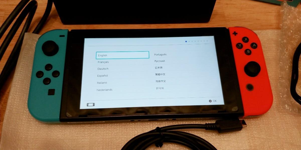 Nintendo Switch本体のセット+別売りジョイスティック+充電スタンド