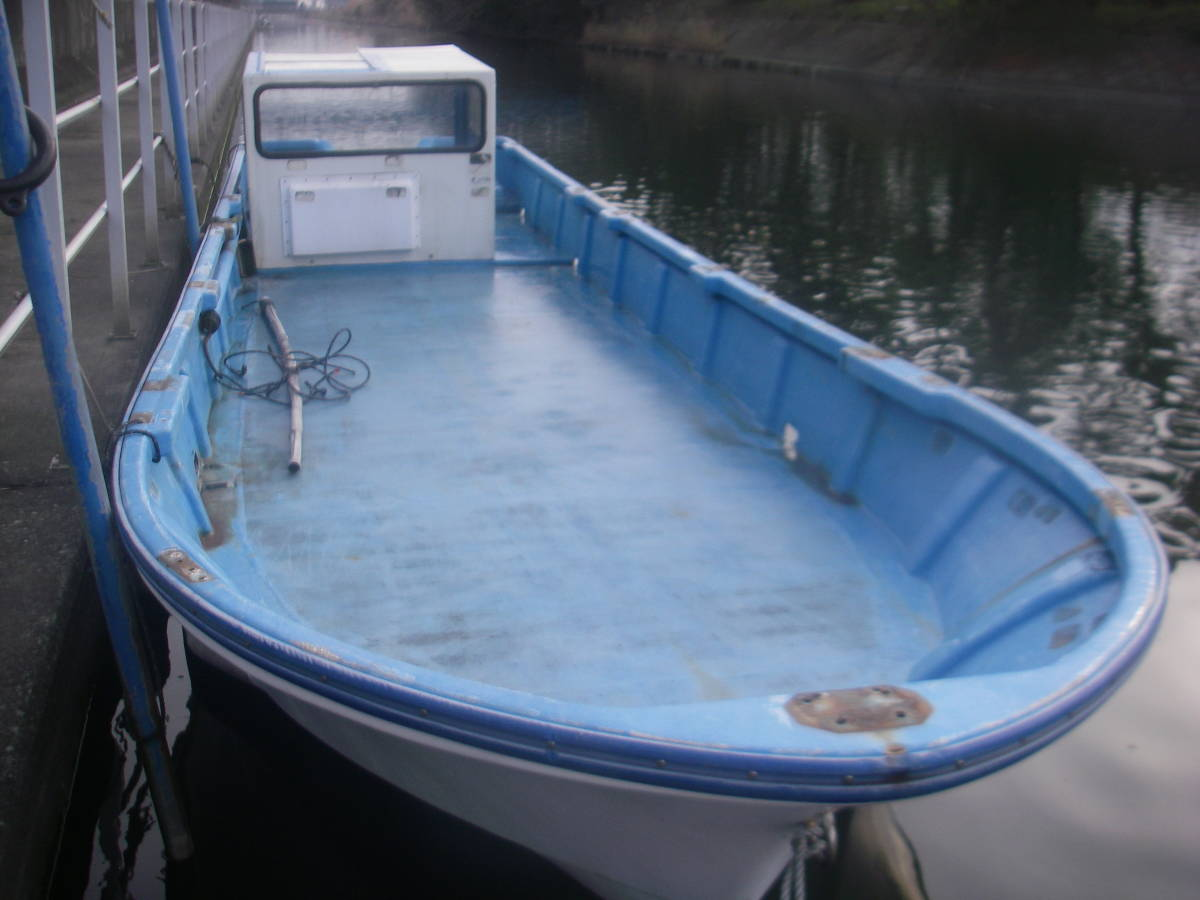 「地場造船所の漁師御用達27尺和船です。レストア中ですが艤装工作の暇が取れない為、残念ですが出品します。」の画像1