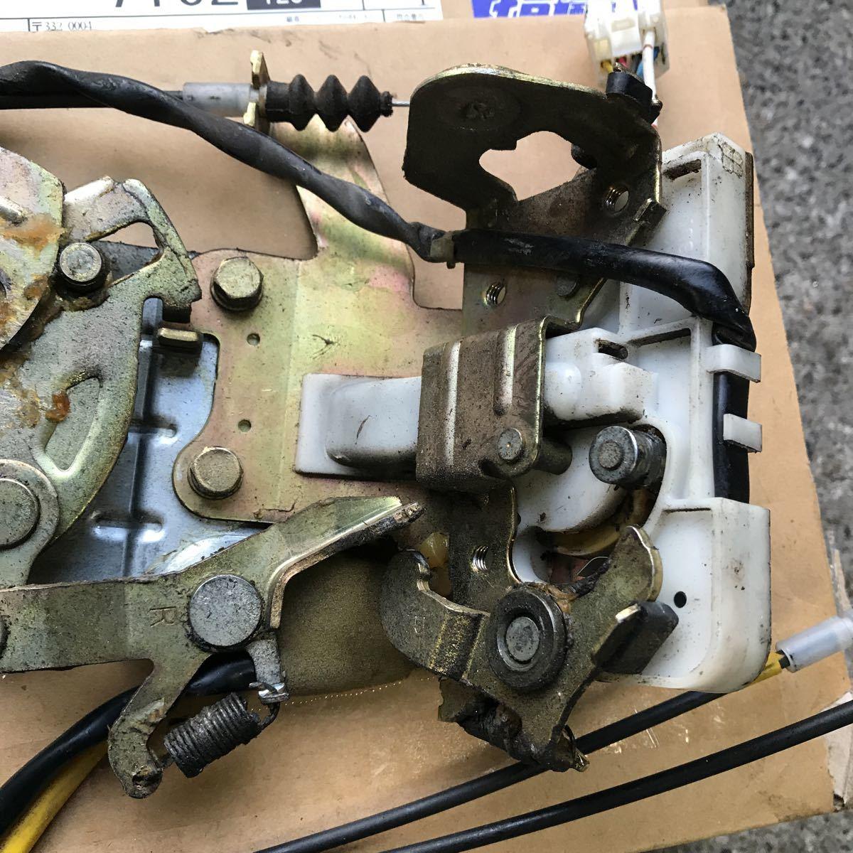マツダ MPV LW3W 右スライド 右リア イージークローザー ドアロック アクチュエーター オートロック ソレノイド LD52-72-310_画像3