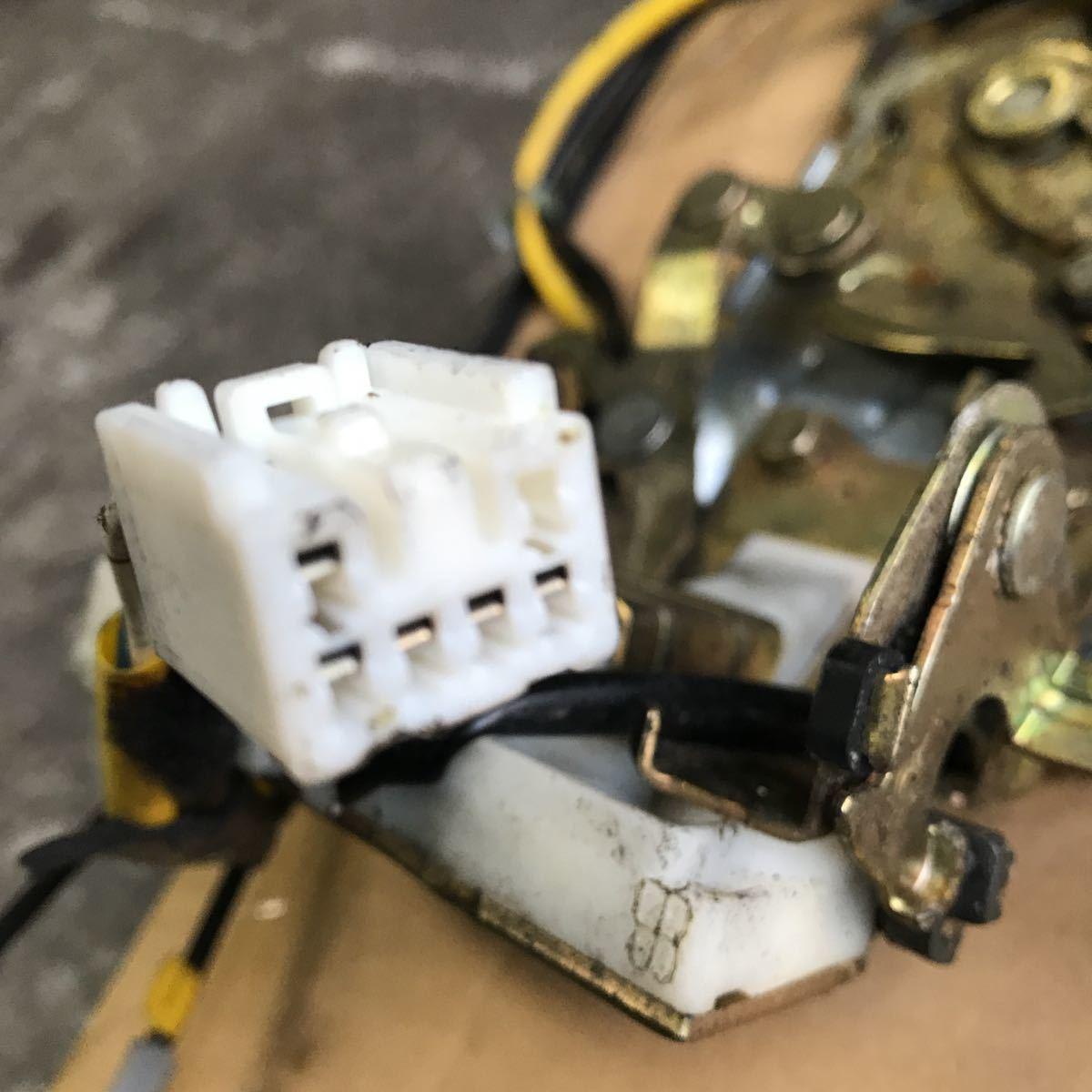 マツダ MPV LW3W 右スライド 右リア イージークローザー ドアロック アクチュエーター オートロック ソレノイド LD52-72-310_画像5