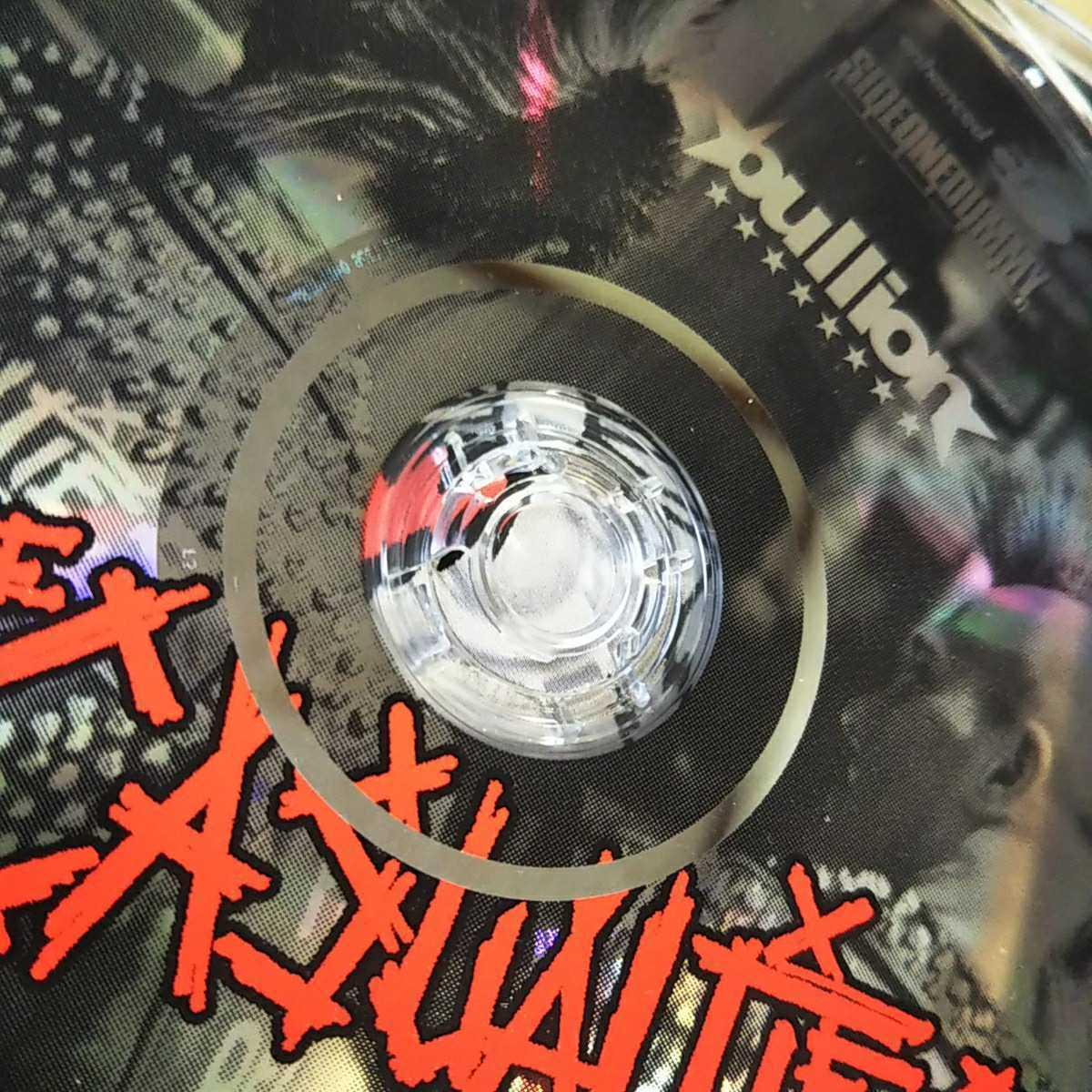 中古CD The Casualties / カジュアルティーズ『ON THE FRONT LINE』国内盤/帯有り/紙ジャケ/難有り blln-41【1165】