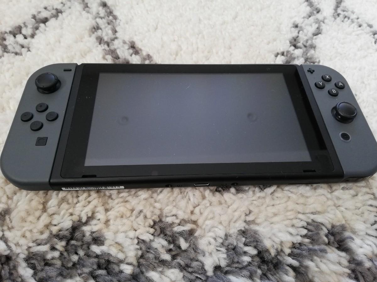 Nintendo Switch Switch本体 + 桃鉄 中古