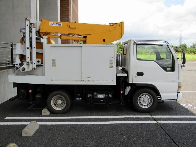 「即決!いすゞ エルフ 高所作業車 アイチ製 SE08A(8m) 5速MT ディーゼル NOx適合 バックカメラ」の画像3