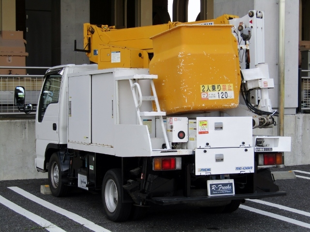 「即決!いすゞ エルフ 高所作業車 アイチ製 SE08A(8m) 5速MT ディーゼル NOx適合 バックカメラ」の画像2