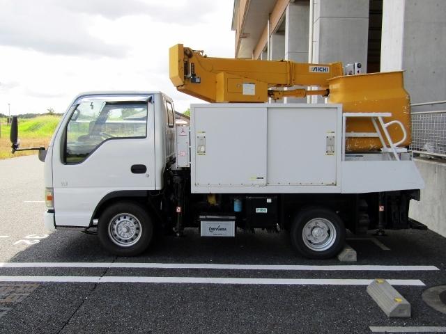 即決!いすゞ エルフ 高所作業車 アイチ製 SE08A(8m) 5速MT ディーゼル NOx適合 バックカメラ_画像4