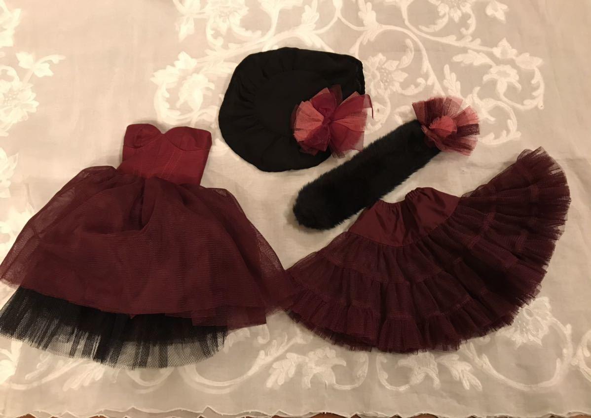 SD13サイズ 赤紫のドレスセット_画像1