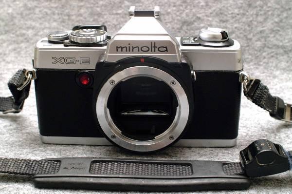 MINOLTA ミノルタ 昔の高級一眼レフカメラ XG-E ボディ 希少・作動品 (腐食無し)
