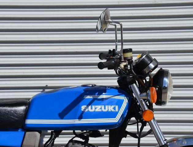 「スズキ RG250 初期型 ノーマル車 旧車 RG250E SUZUKI 青 」の画像3