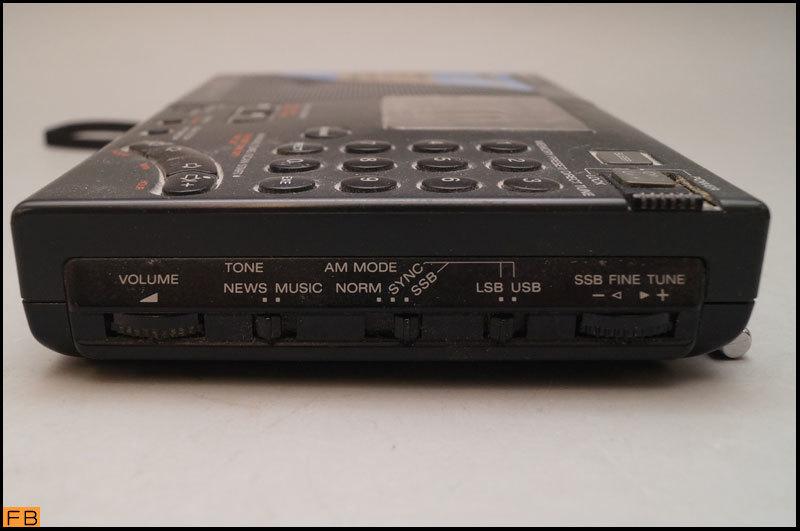 税込◆SONY◆ラジオ ICF-SW7600G 通電確認済 FMステレオ/LW/MW/SW/PLLシンセサイザーレシーバー ソニー -B1-6103_画像5