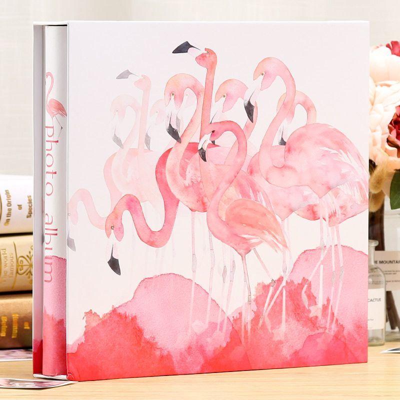 【訳あり】フォトアルバム フラミンゴ 水彩画風 ケース付き 大容量_画像1