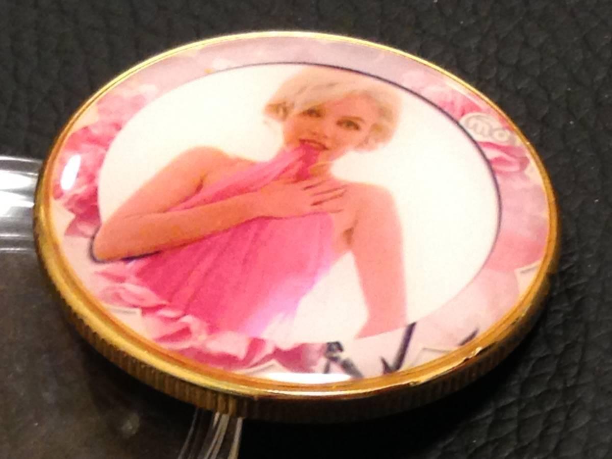 D70)海外丸形記念金貨、カラーコイン、メダル*アメリカスパースターマリリン・モンロー*参考品1枚 セクシー ノーマジーン_画像2