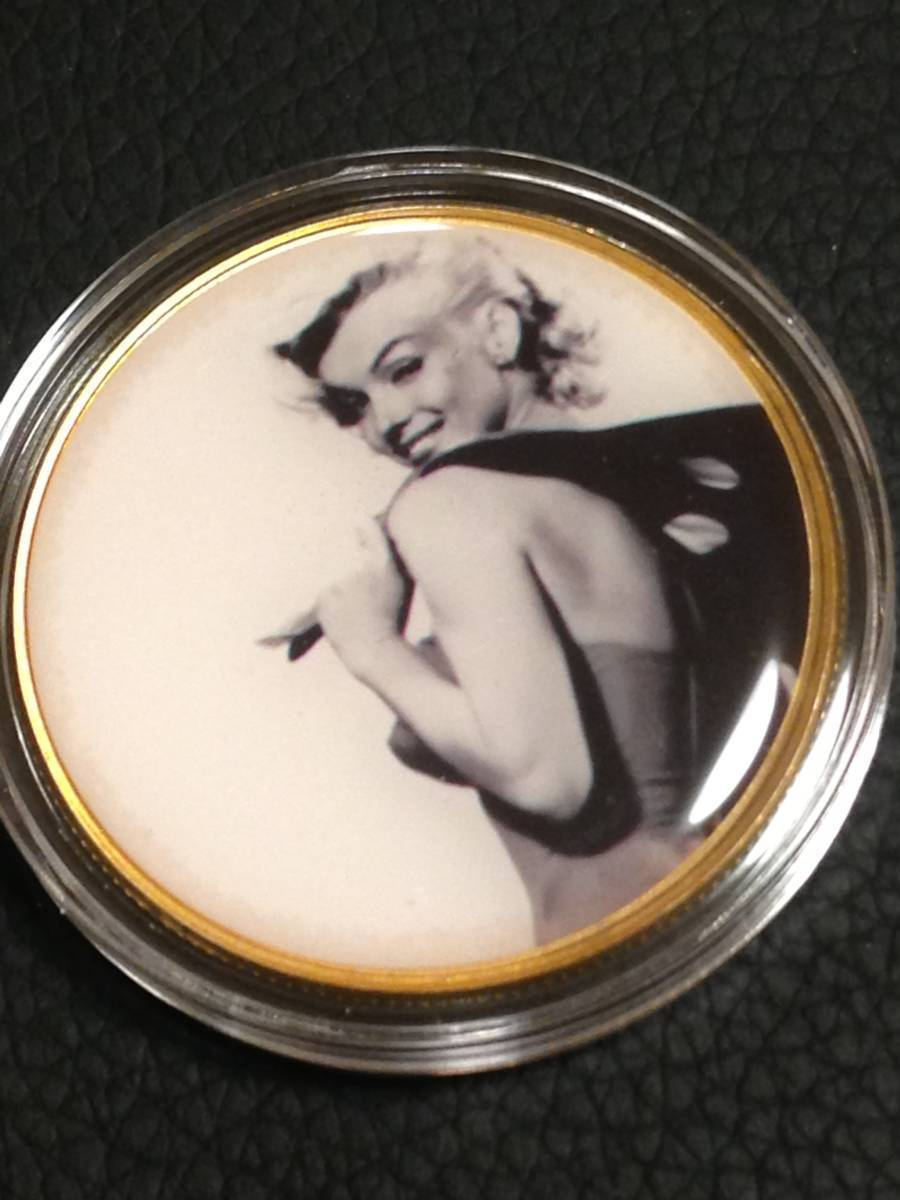 C69)海外丸形記念金貨、カラーコイン、メダル*アメリカスパースターマリリン・モンロー*参考品1枚 セクシー ノーマジーン_画像1