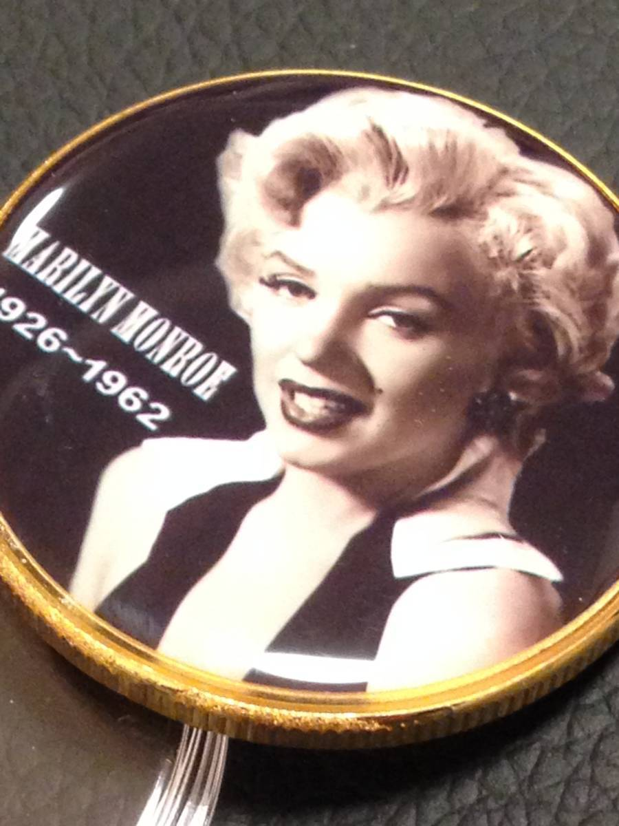 C65)海外丸形記念金貨、カラーコイン、メダル*アメリカスパースターマリリン・モンロー*参考品1枚 セクシー ノーマジーン_画像2
