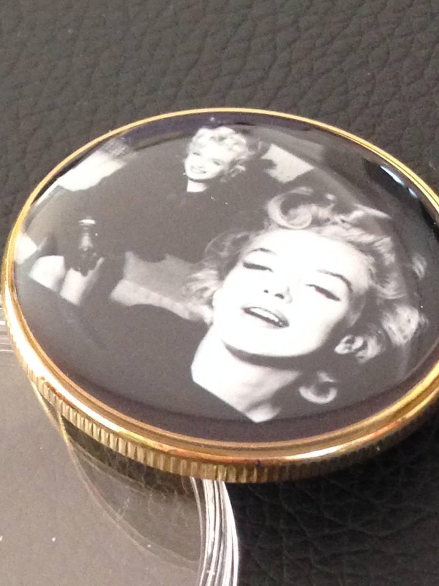 D37)海外丸形記念金貨、カラーコイン、メダル*アメリカスパースターマリリン・モンロー*参考品1枚 セクシー ノーマジーン_画像2