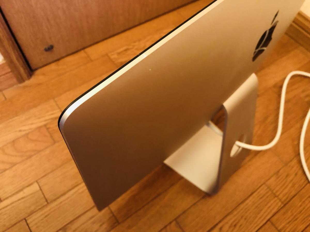 iMac Retina 4K 21.5inch Late2015 3.3GHz Intel Core i7 16GB SSD500GB マウス&キーボード 少し難あり_画像3