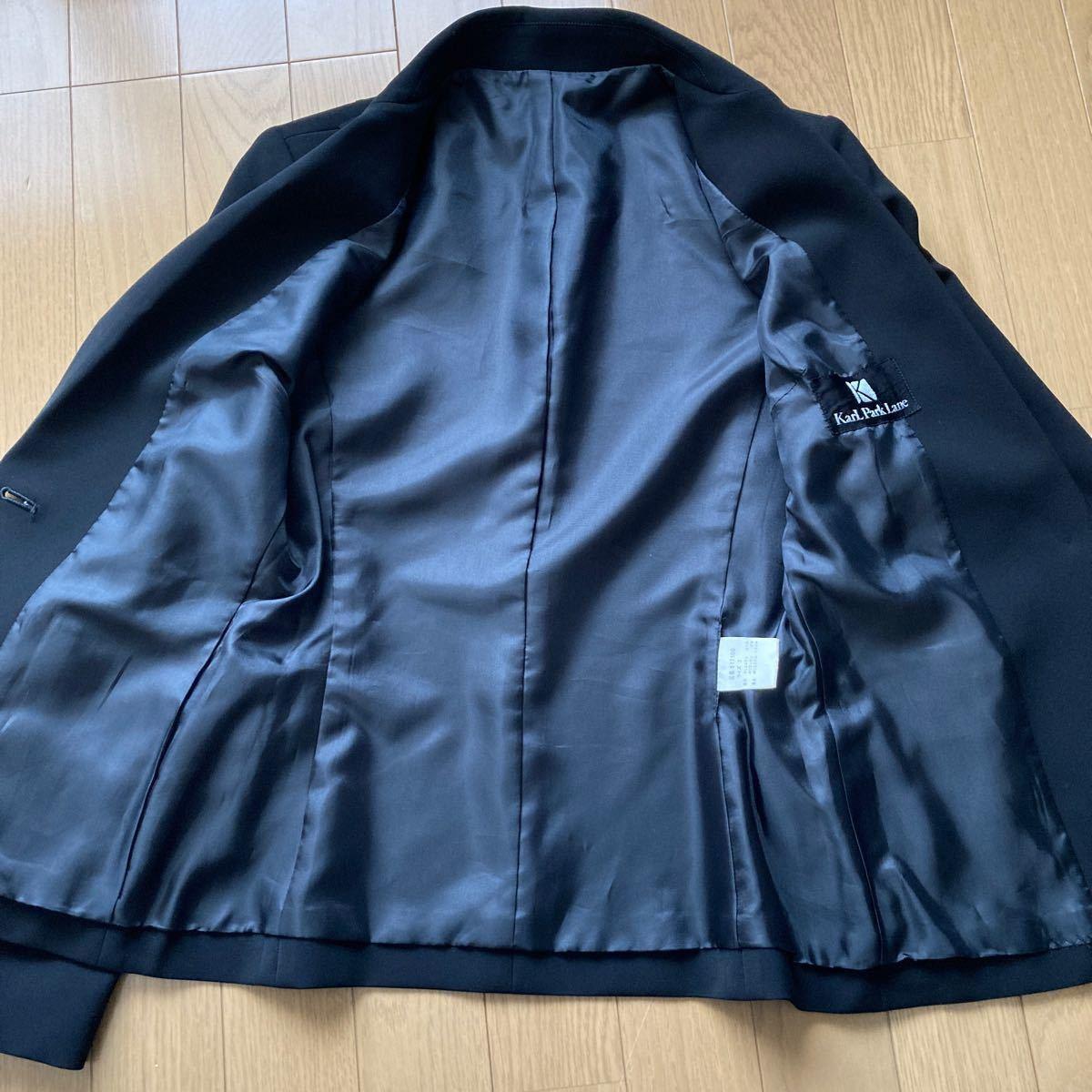 テーラードジャケット