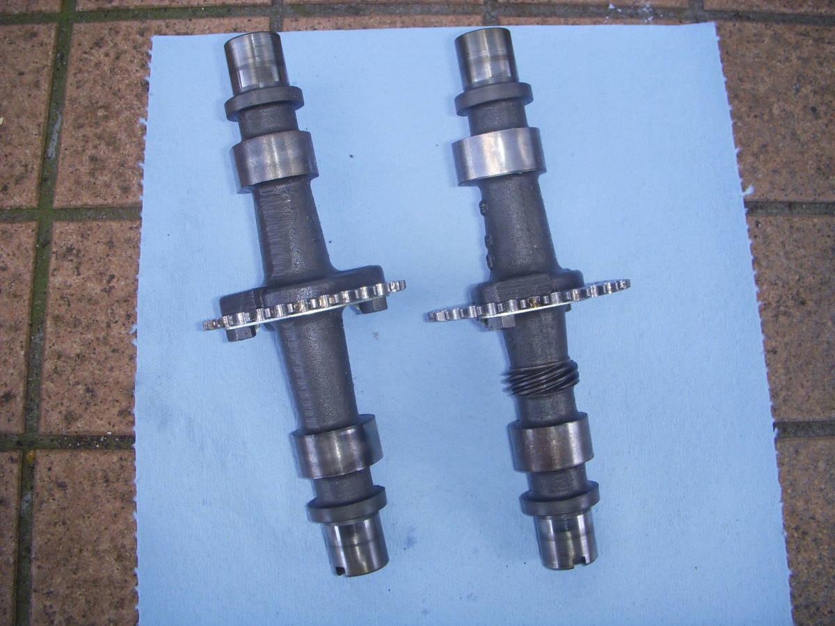 スズキGSX250E/GSX250L/GSX250T カムシャフト IN&EX セット GS25X_画像1