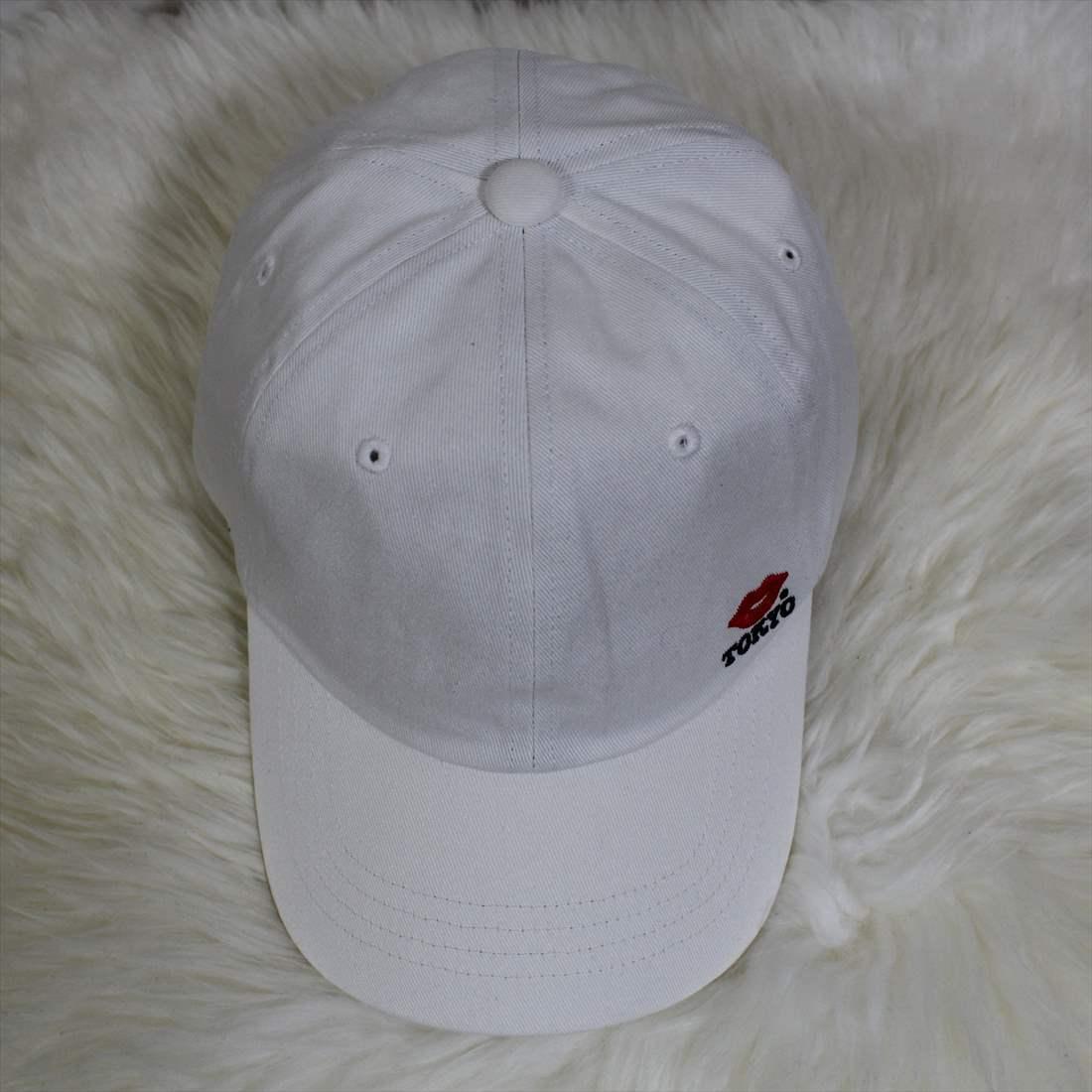KISS TOKYO LIP LOGO LOW CAP サイドロゴ刺繍 ホワイト キャップ 新品 白 帽子_画像3