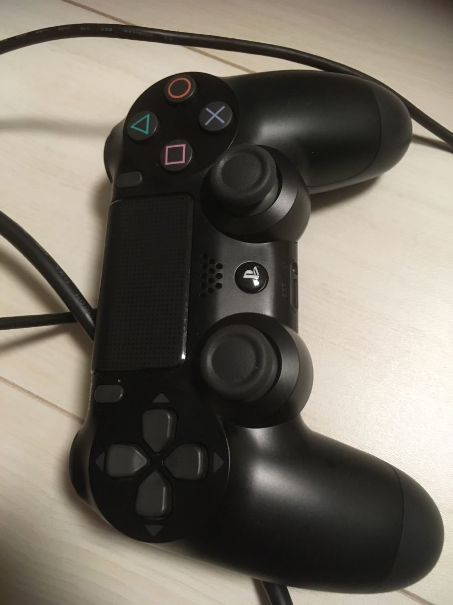PlayStation4 1TB ペルソナ5専用箱付き ソフトなし
