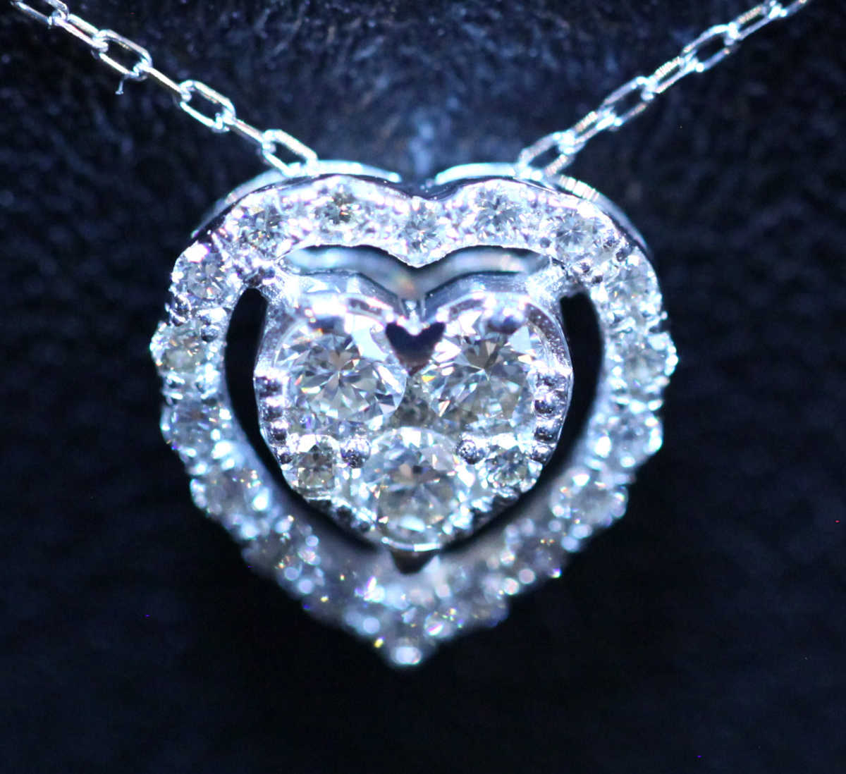 *PE5662【宝石時計貴金属高価買取】Heart Necklace 天然絶品ダイヤモンド0.30ct 最高級18金WG無垢ネックレス 新品