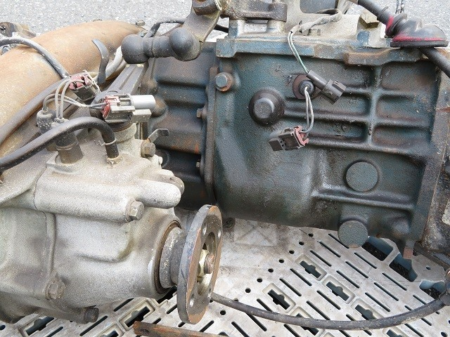 21-12-102  日産 サファリ  FGY60 消防車 TB42S【 マニュアル ミッション 5MT トランスファ PTOレバー  4WD  】 7636km_画像10