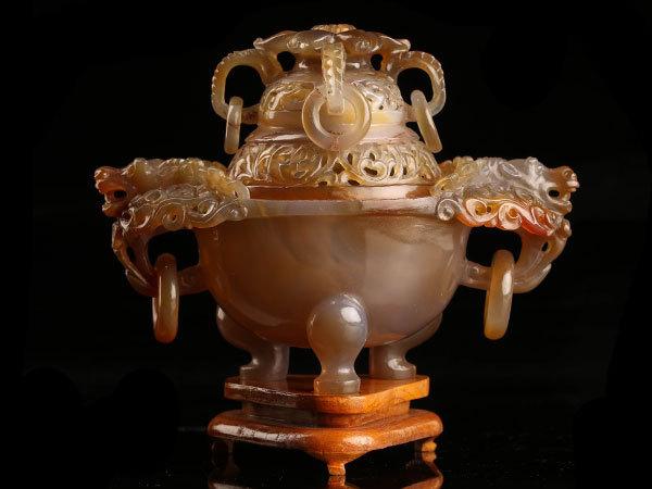 【流】中国美術 瑪瑙彫刻三足香炉 JW172