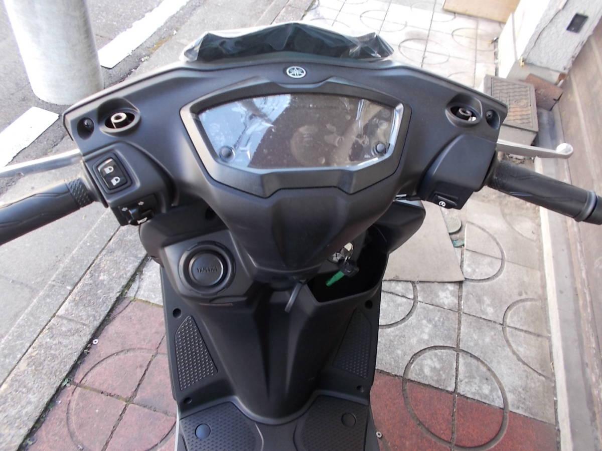 「即決 新車 未登録 シグナス グリフィス 台湾ヤマハ マッドブラック」の画像2