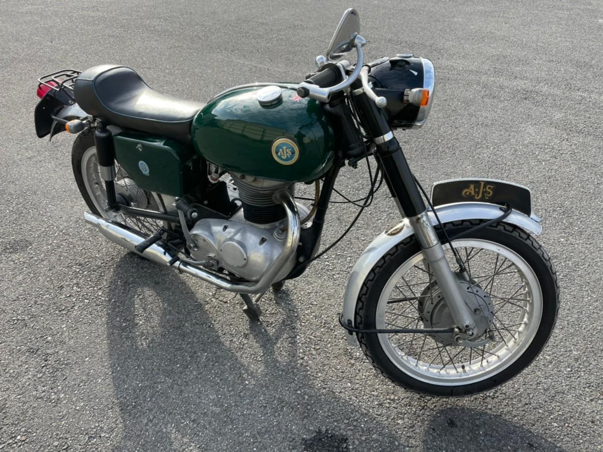 「ヴィンテージバイク 英国 AJS おそらく1965年」の画像3