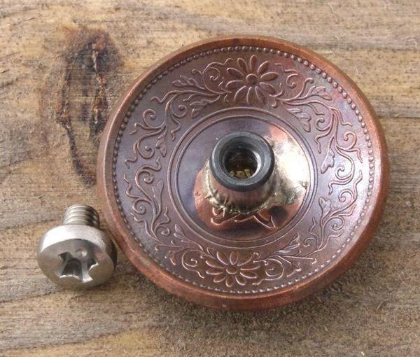 *コンチョ ネジ式 日本古銭 桐一銭 桐面 1銭 22mm ボタン 和銭_画像2