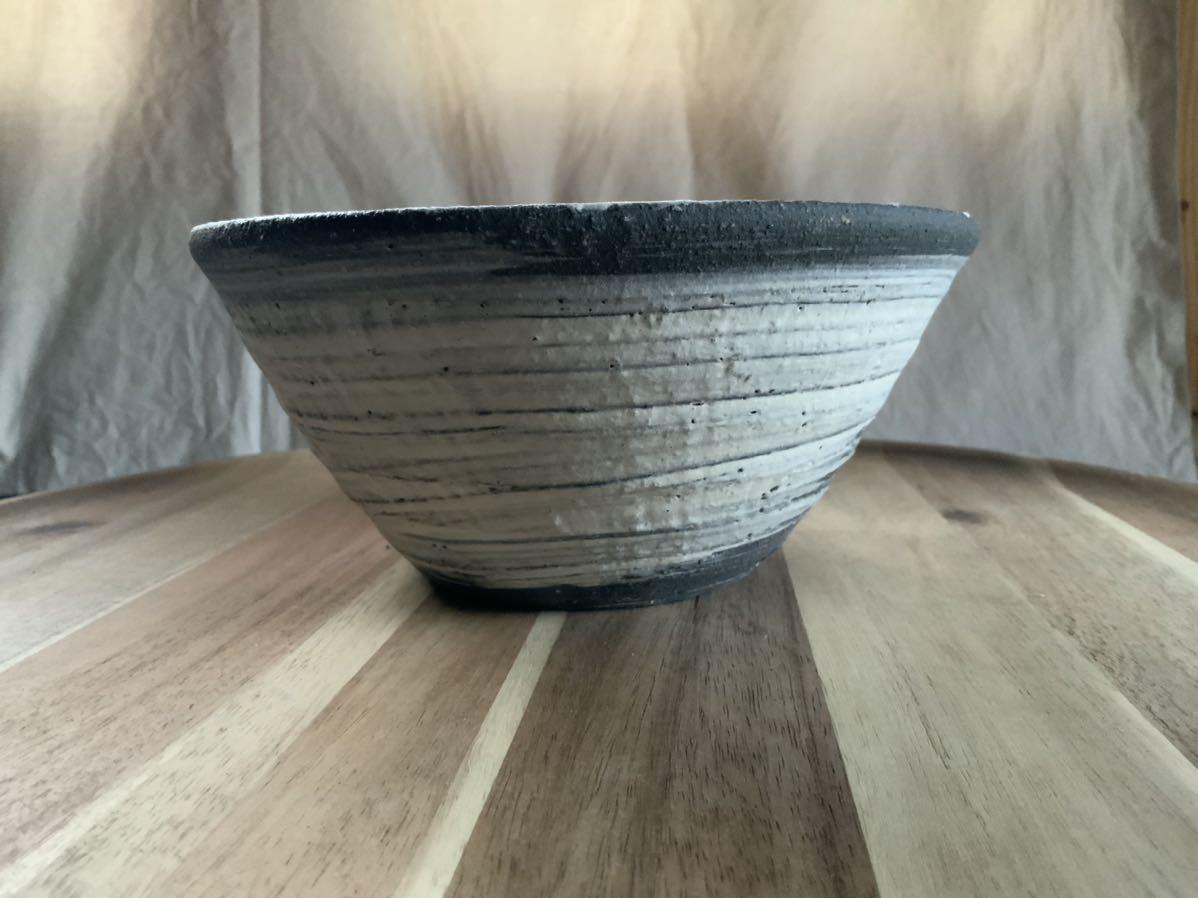 68 黒御影土 刷毛目 どんぶり 大鉢 丼 陶器 和食器_画像2
