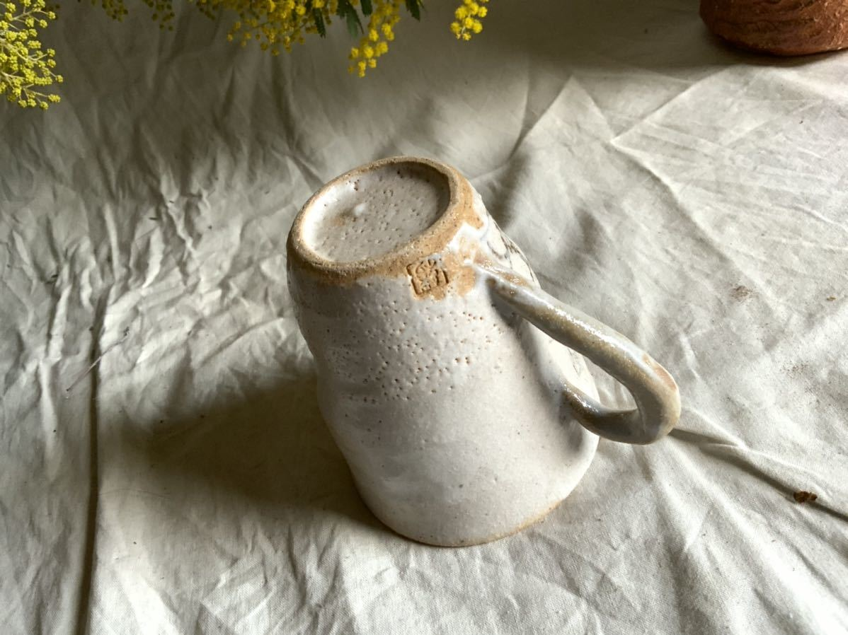 173 花の絵 志野 マグカップ コーヒーカップ ティーカップ オブジェ インテリア 陶器 釉薬 珈琲 食器 草花_画像6