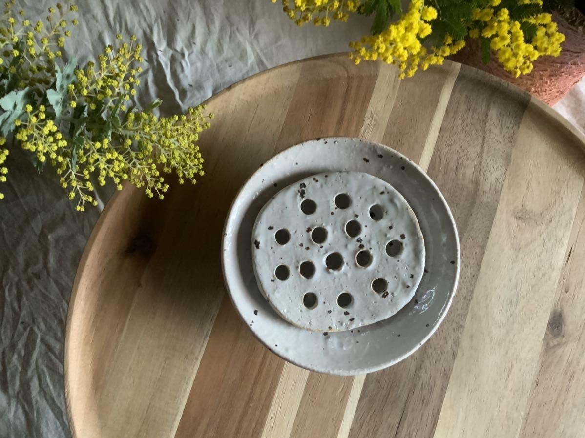 184 石鹸置き ソープデッシュ 石鹸皿 プレート オブジェ インテリア 陶器 釉薬 食器_画像3