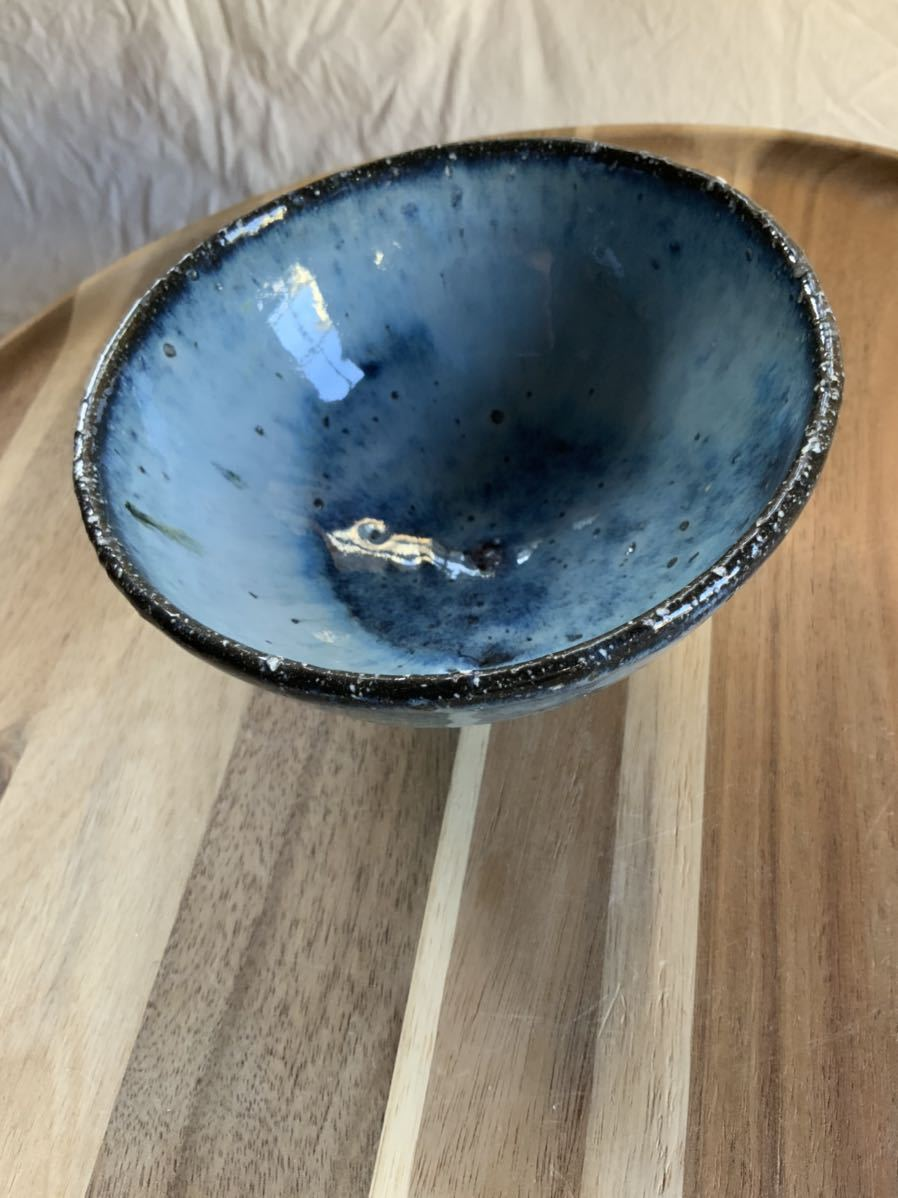 127 黒御影土 茶碗 飯椀 メシ椀 めし椀 オブジェ インテリア 陶器 和食器 釉薬 ブルー_画像2