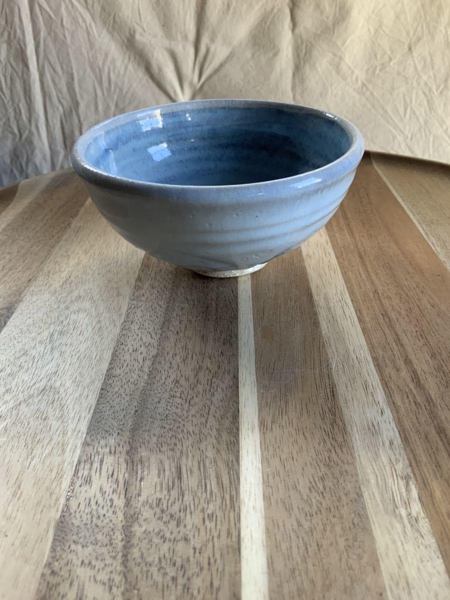128 ライトブルーの茶碗 飯椀 メシ椀 めし椀 オブジェ インテリア 陶器 和食器 釉薬 水色 お茶碗_画像1