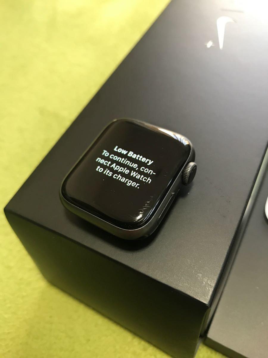 Apple Watch Series 4 スペースグレイ NIKE